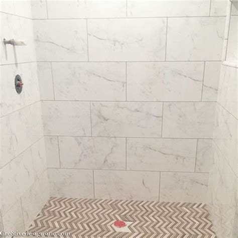 Badezimmer Fliesen Marmoroptik by Calcutta Marble Look Tiles Bathrooms