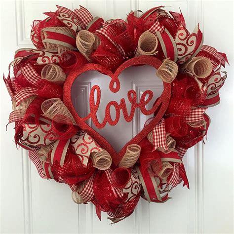 diy valentines day wreaths      xoxo