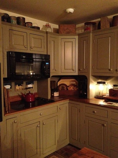Primitive Country Kitchen Paint Colors by 17 Best Images About Primitive Colonial Kitchens On