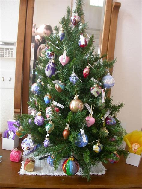christmas tree oh christmas tree your ornaments are history oh tree how lovely are your ornaments creations by jdb