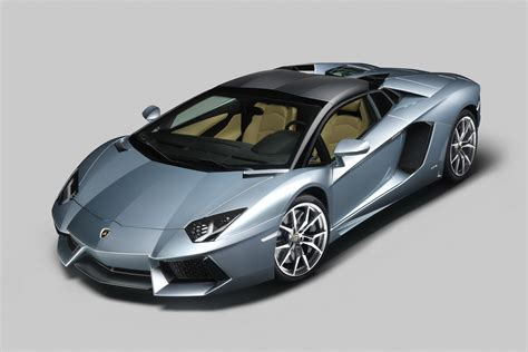 Daily Post: lamborghini aventador lp700 4 model features