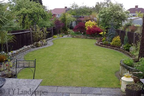 garden landscaping pictures for small gardens home