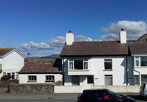 Sea Front Cottages by Sea Front Cottage In Borth Cardigan Bay Ceredigion 2170