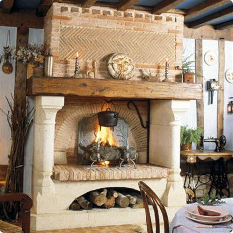Cheminee Magnan by Chemin 233 E 224 Foyer Avec Hotte En Briques Claires