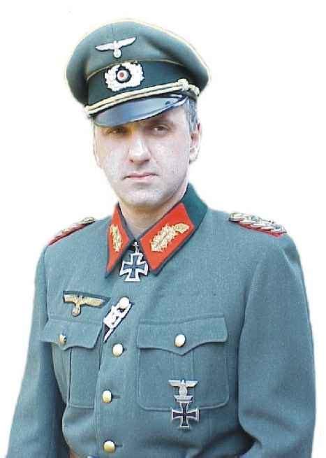 General Officer by Militariaheer0
