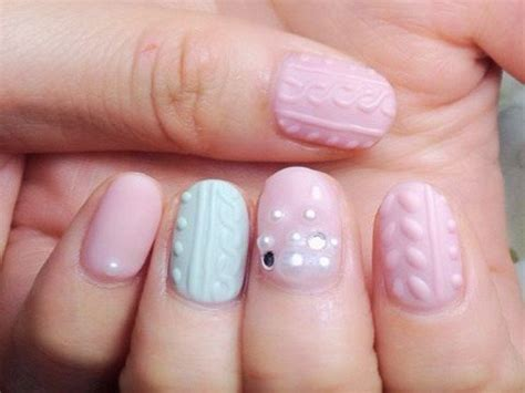 knit pattern nails these 9 cable knit nail art ideas will keep your fingers