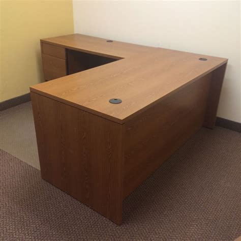 Hon Office Desks Hon 10500 Series Desks Tri State Office Furniture