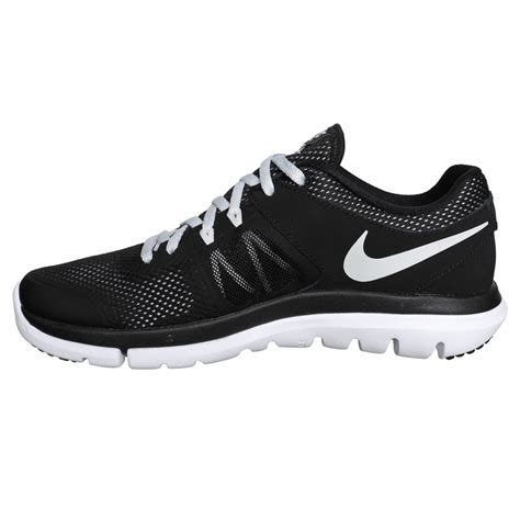 nike black and white running shoes sepatusekolah black and white shoes for