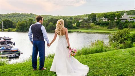 Weddings at Deerhurst Resort in Muskoka, Ontario