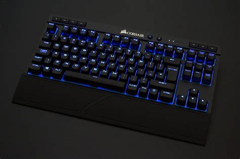 Keyboard Gaming Corsair K63 corsair k63 wireless mechanical gaming keyboard review eteknix