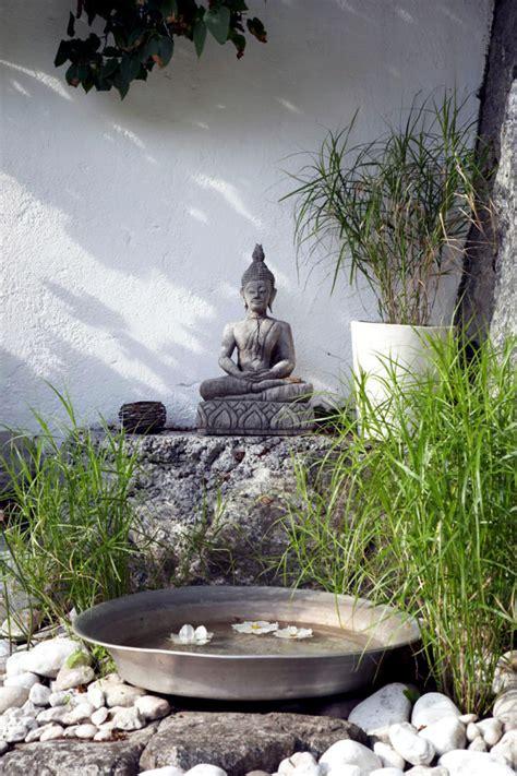 Retro Kitchen Decorating Ideas Buddha Statue In The Garden Of Natural Stone Interior