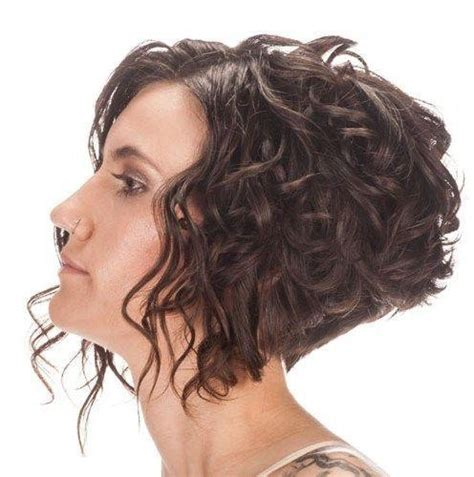 25 best ideas about curled bob hairstyle on pinterest 2018 popular inverted bob for curly hair