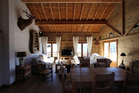 location chalet de luxe chalet nextelio les angles 13558 chalet montagne