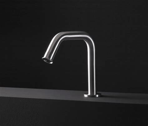 rubinetti boffi pipe rubinetteria per lavabi boffi architonic