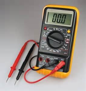 hur man manuellt testar ett n 228 taggregat med en multimeter