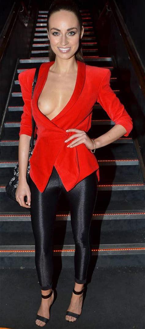 Tv Presenter Wardrobe by Tv Moyles Suffers A Wardrobe At