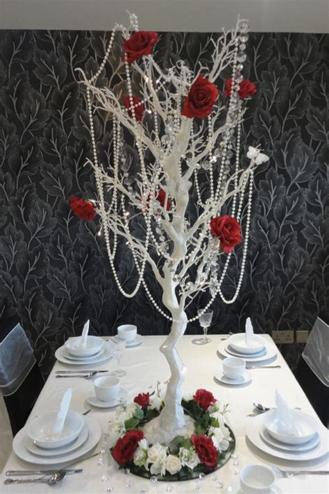 wedding centrepiece hire manzanita tree hire topiary