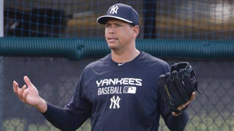 alex rodriguez bench press a rod reports to yankees following suspension article tsn