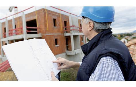 wat  de taak van de architect tijdens de bouwwerken