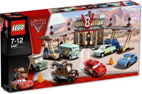 Lego 8487 Cars Flos V8 Cafe bol lego cars 2 flo s v8 caf 233 8487 lego