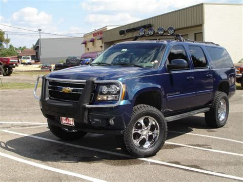 chevrolet suburban road chevrolet suburban road reviews prices ratings