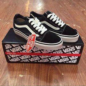 Sepatu Vans Galaxy Hitam jual beli sepatu vans skool hitam putih baru