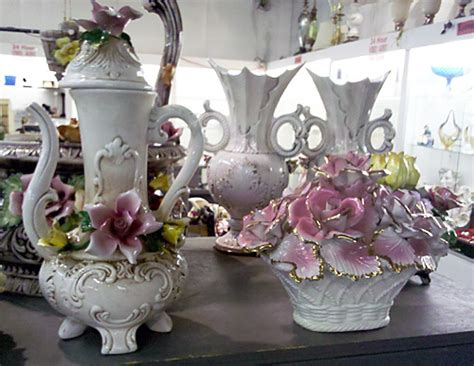 3 Kaserol Capodimonte 3 italy s capodimonte porcelain it or not auction finds