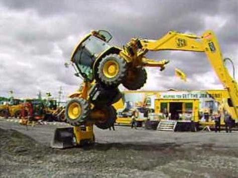 Handset Digiger jcb tractor show