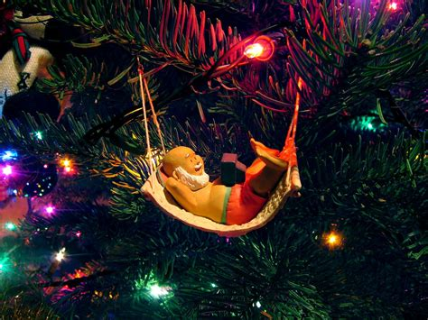 christmas wallpaper 1024x768 1024x768 relax it s christmas desktop pc and mac wallpaper