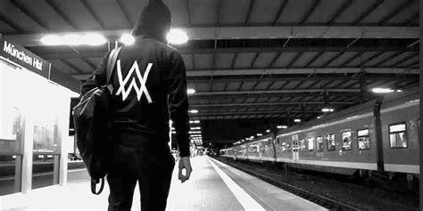 alan walker upper alan walker アラン ウォーカー の人気曲を紹介 fadedのように美しい曲おすすめ xperiaだけ
