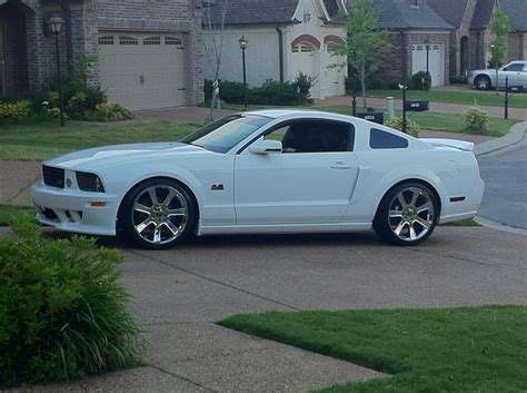 s197 mustang wheels mustang s197 saleen style chrome wheel 20x10 05 14 all