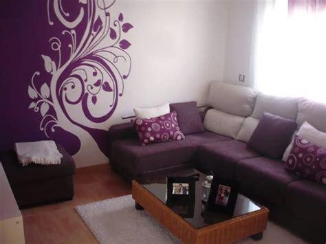 una sala violeta casa web