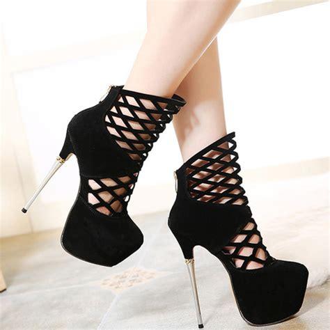 imagenes de zapatillas negras de moda ronda de la moda del estilete del dedo del pie cerrado