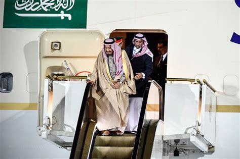 Karpet Arab kunjungan raja saudi ke rusia karpet mewah eskalator