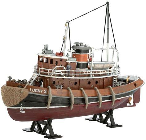 model boats plastic revell germany 1 108 harbour tug boat