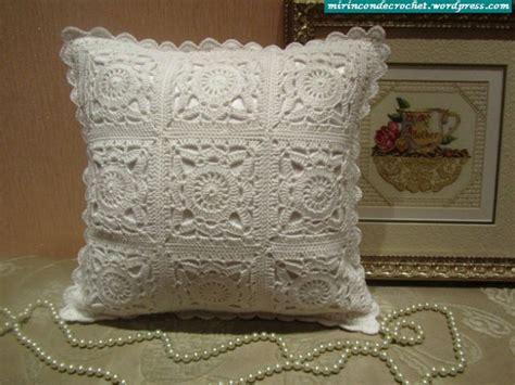 cojines con rosas a crochet trico y crochet madona m 237 a almohadones cojines de