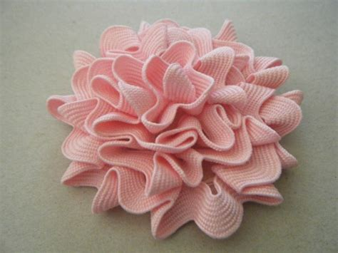 fabric flower with ric rac trim the ribbon retreat blog ric rac on pinterest rick rack flowers rick rack and