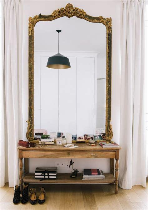 decorar recibidor grande espejos grandes para decorar el recibidor