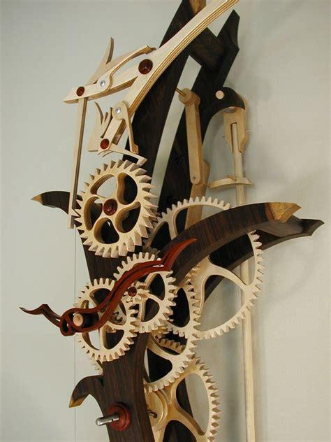 Gahek: Wooden clock case plans