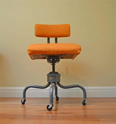 Antique Rolling Desk Chair   Office Furniture