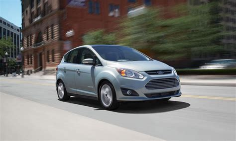 ford c max energi 2013 chevrolet volt versus ford c max energi extended drive