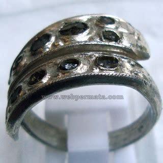 Bacan Hasil Mutilasi For Sale cincin ular berhias intan wp810