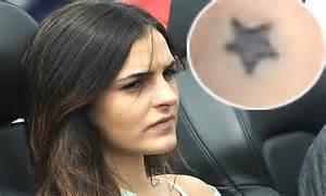 ali lohan tattoo ali lohan 17 gets star tattoo to match sister lindsay