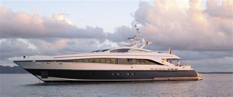 luxe motorjacht te koop luxe vaarvakanties met luxe motorjachten zeiljachten en