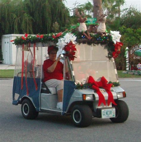 christmas decorated golf carts raindeer float jpg 928 215 932 pixels golf carts golf carts golf and