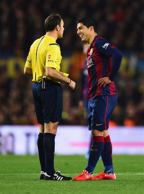 barcelona referee fc barcelona v real madrid cf la liga zimbio