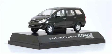 Diecast Kijang Inova toyota kijang innova 2004 metallic black auto models