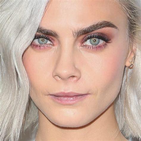 cara delevingne pink lipstick cara delevingne makeup black eyeshadow brown eyeshadow