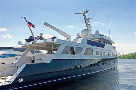 boats unlimited james city yacht for sale gt motor yacht m y chantal custom built
