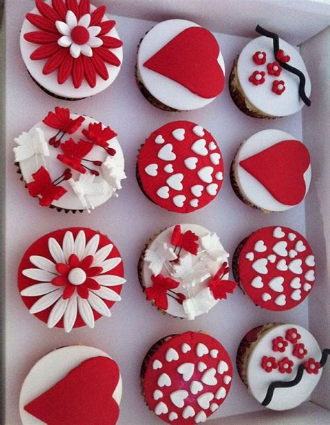 cupcakes design for valentines 25 best ideas about cupcakes on